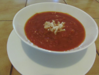מרק עגבניות דיאטטי (כ- 200 קלוריות כל המרק)