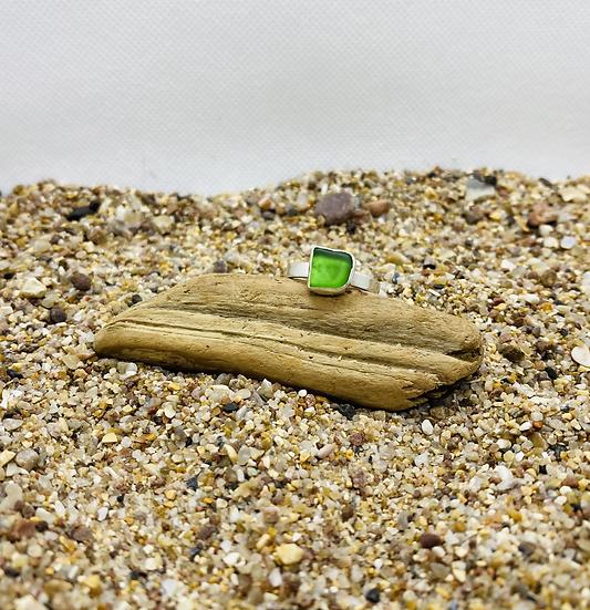 Bright Green Sea Glass Ring SIZE Q