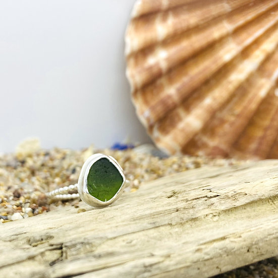 Green Sea Glass Beaded Ring SIZE Q
