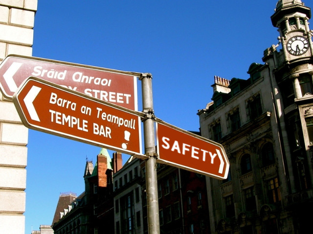 temple bar sign.jpg