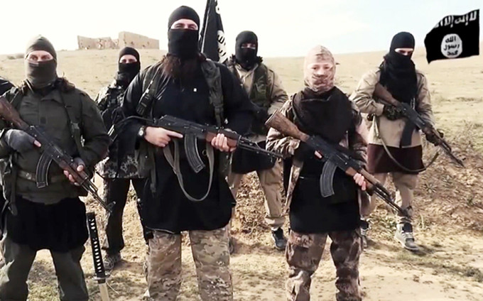 ISIS THREATENS TO CUT OUT THE TONGUE OF ANYONE WHO USES THE WORD 'DEIS'