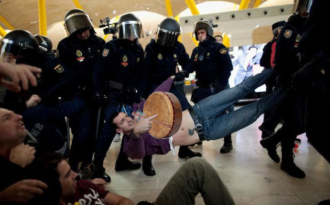 BODHRAN PLAYER DRAGGED FROM SESSION TO MAKE ROOM FOR HIGHER PRIORITY MUSICIAN