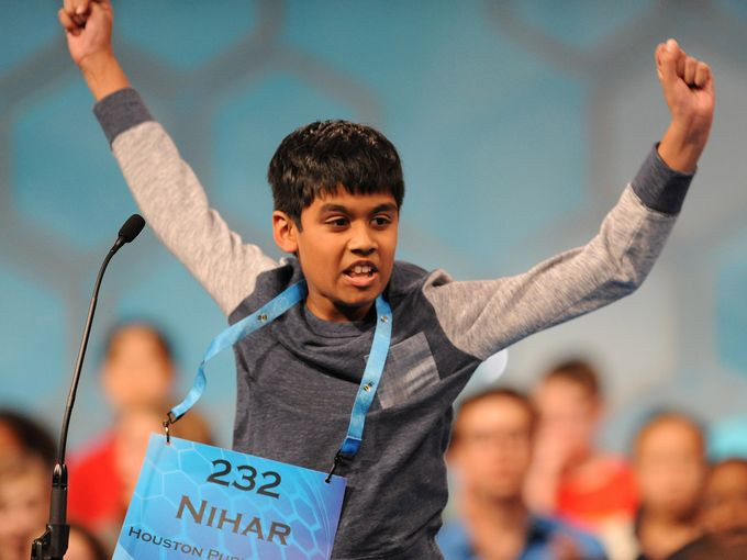 TEXAN 11 YEAR-OLD SPELLS 'UILLEANN PIPES' AND WIN SPELLING BEE