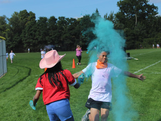 Swimmers tread land: Color Run 2019