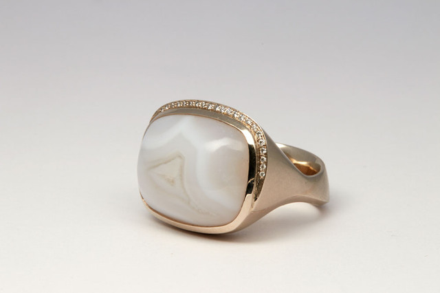 Chalzedon Ring