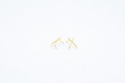 Huggie X Cross