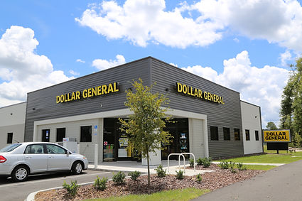 Exterior of Dollar General location in Markets West in Gainesville, Florida