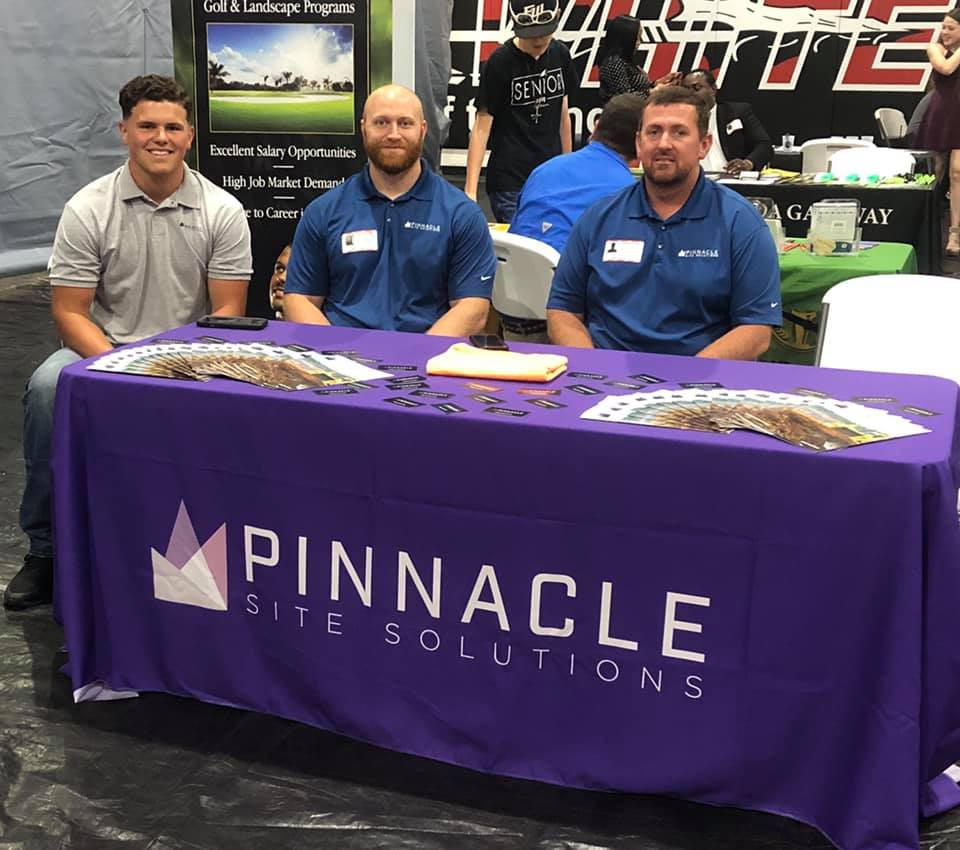 pinnacle team job fair.jpg