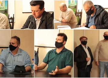 Sindicato Rural entrega sugestões a candidatos a prefeito de Piratini