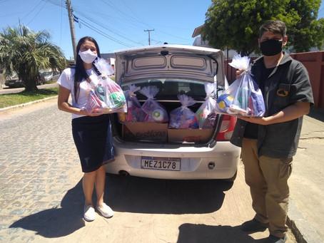 Campanha da Aperos alimenta o Natal de 15 famílias