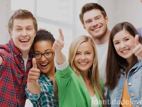 Programa Identidade Jovem garante benefícios a jovens de baixa renda