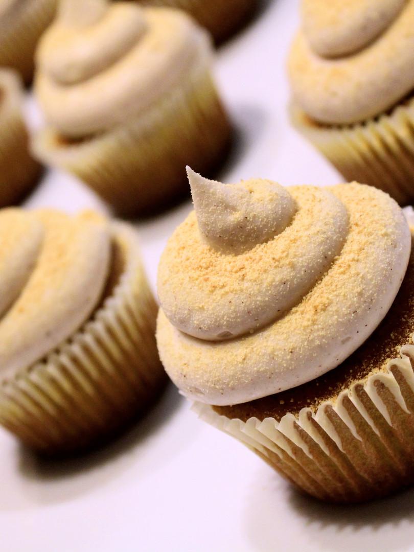 Graham Cracker Cupcakes