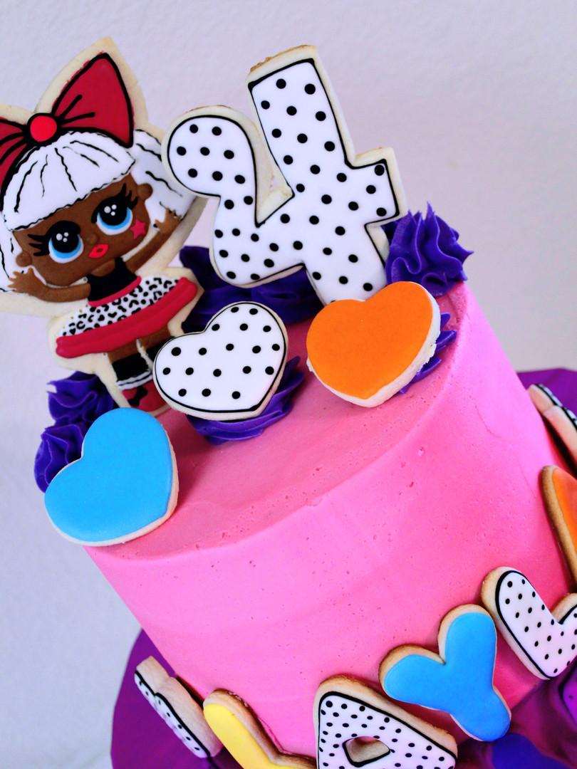 LOL Dolls Cake
