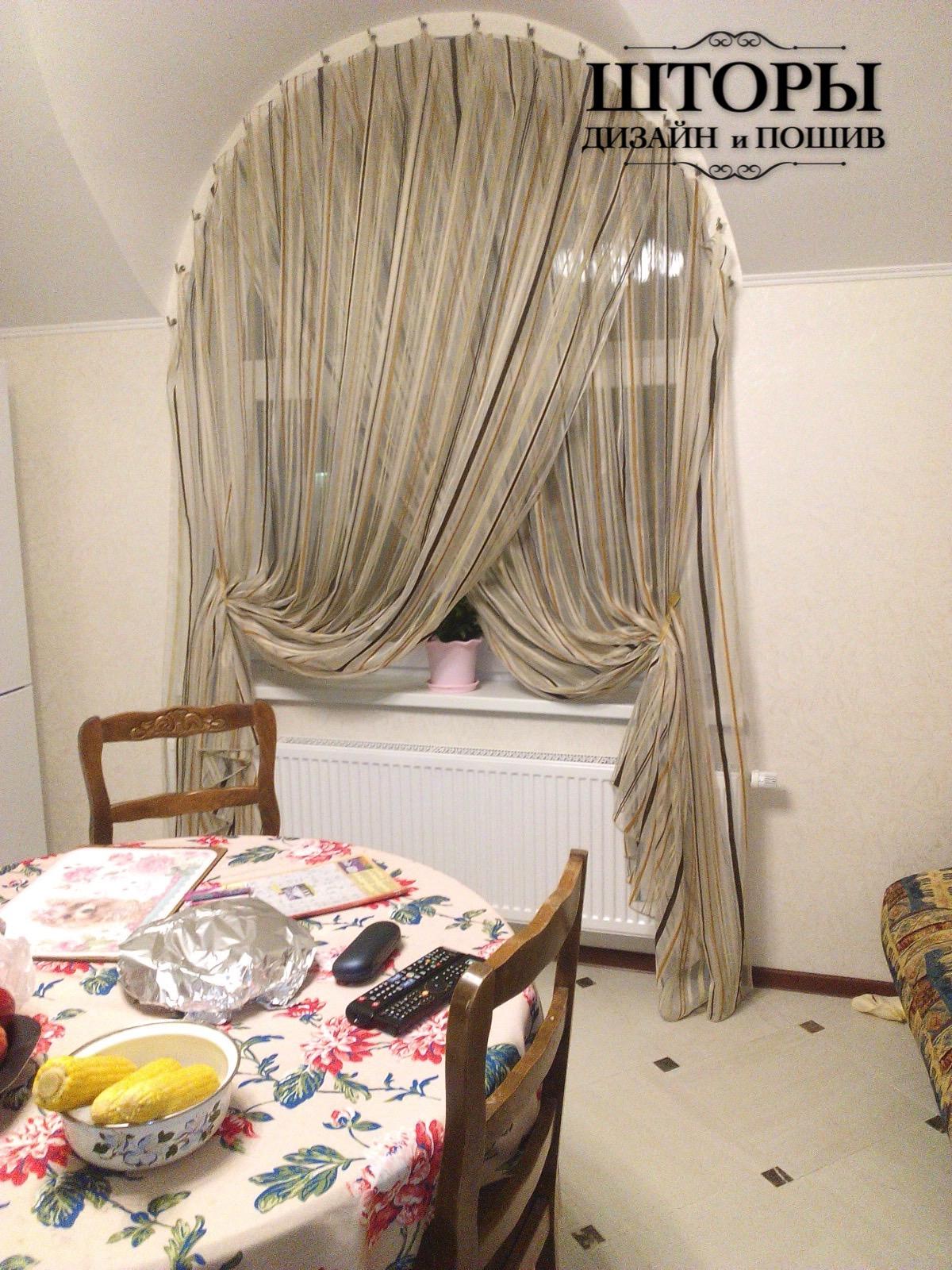 Тюль на арочное окно в кухню