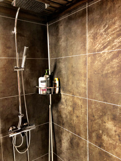 Charmant - new bathroom1