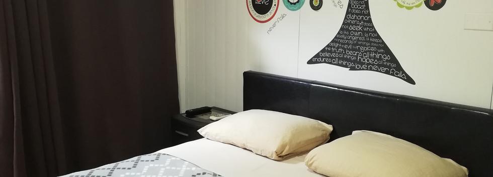 Habitación Mini con Cama Full