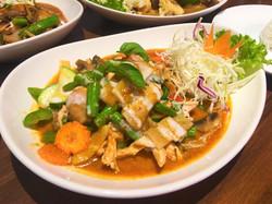 M6 Red Curry Stir-fried
