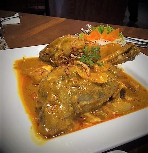 M28 Massaman Lamb Shanks