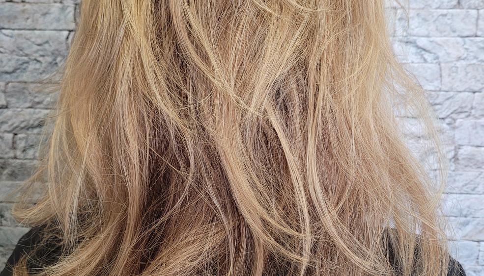blonde-3.jpg