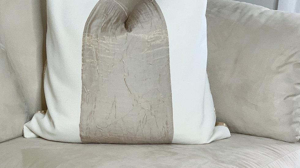 Pearl White/Metallic gold stripe