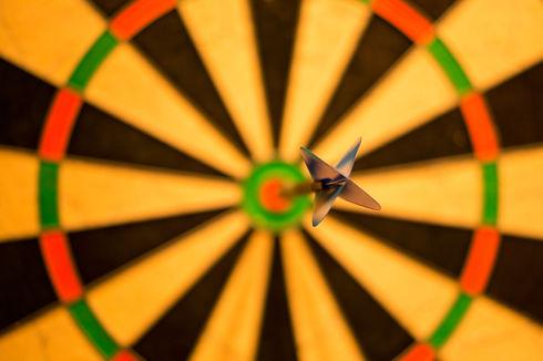 bull-center-bulls-eye-darts-15812.jpg