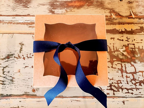 Bow + Bow + Card | Medium Kraft Box
