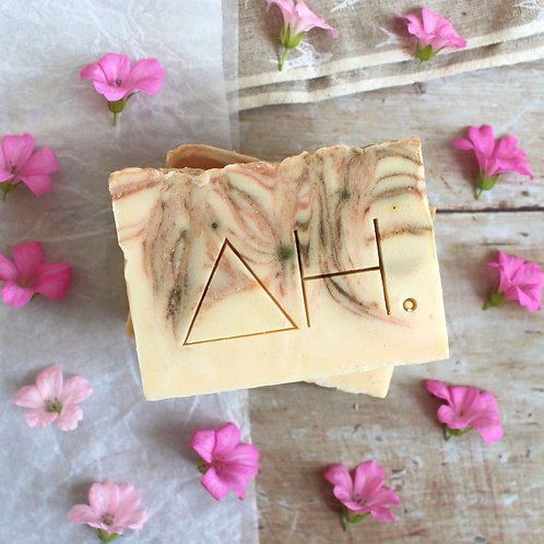 Geranium & pink clay soap - Authentic House
