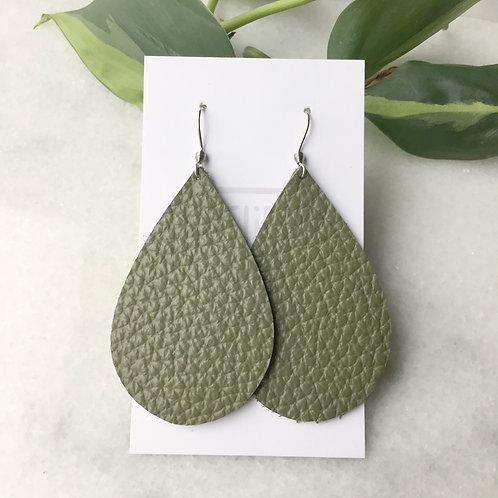 Oilve Leather Petal Earrings