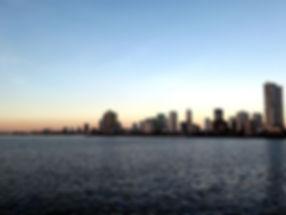 SkylineManlilaBay.jpg