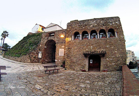 Porta d'Ingresso Borgo Antico e Torricelle Normanne