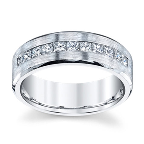 Novell 14K White Gold Diamond Wedding Band