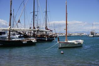 Vaixells a port.JPG