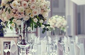 Rose-vase_1800px.jpg