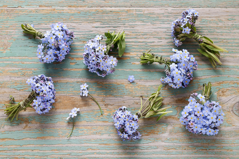 Forget me not tied buttonholes