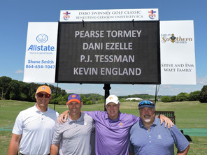 Clemson_FCA_Golf_Pictures (13).JPG