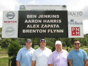 HopeKids_Golf_Tournament_Picture (1).JPG