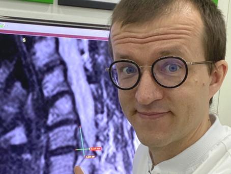 Вылечили грыжу в шее без операции пациентке из Владивостока.