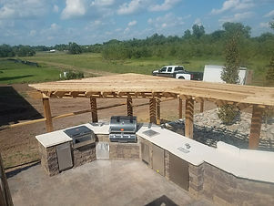 outdoor kitchen and bar pergola