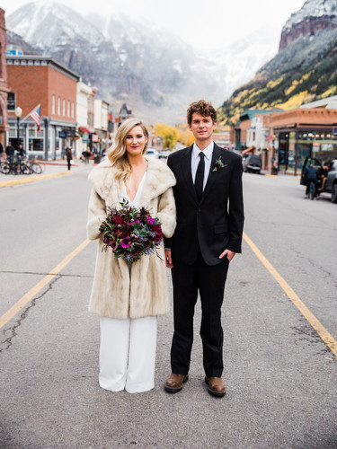 Bride and Groom Love - AbieLivesayPhotog