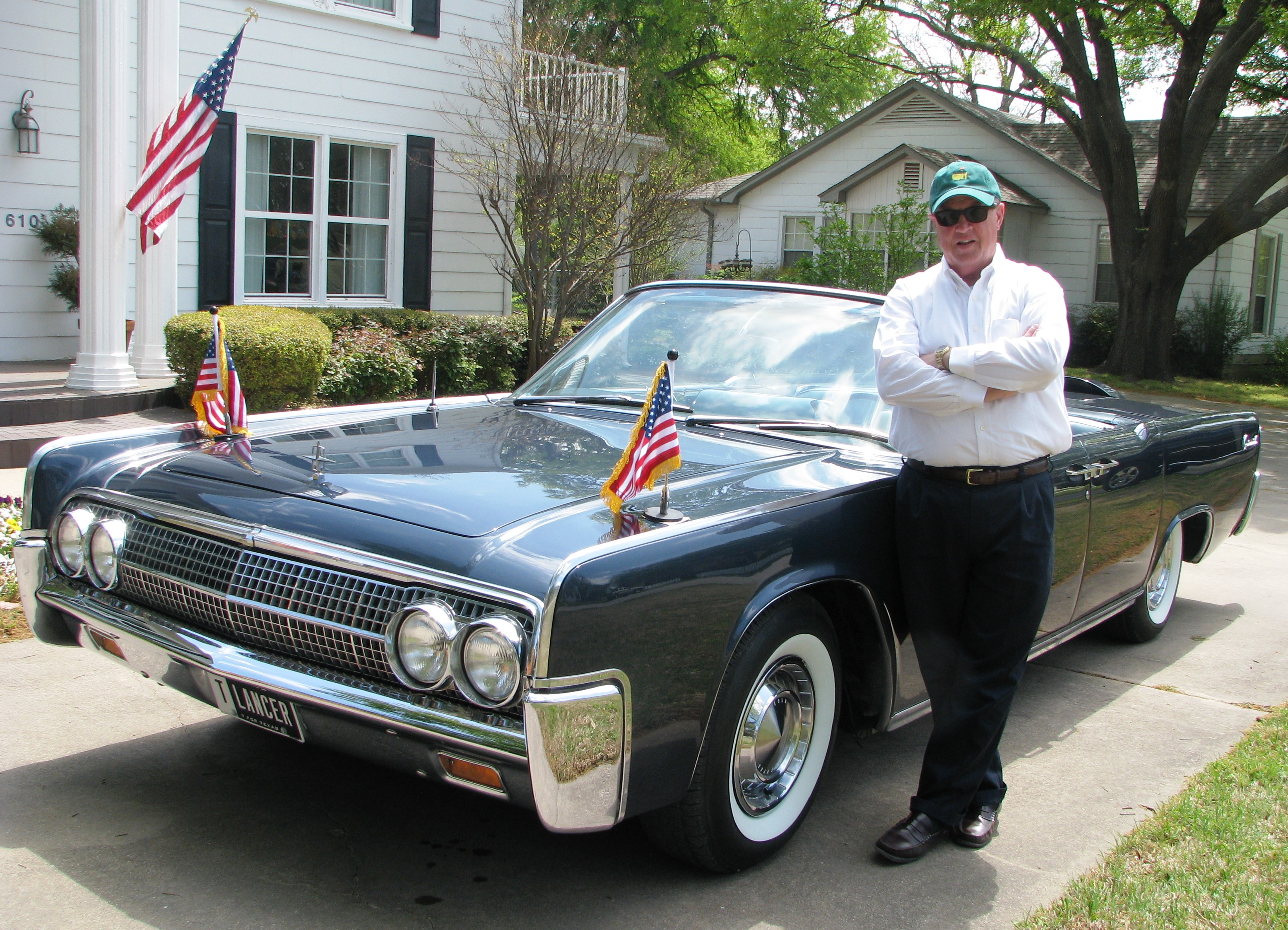 Robin and the Kennedy Car