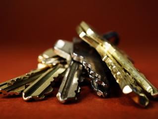 Schlüsselsafe und Co – So einfach geht die Schlüsselübergabe, auch wenn du wenig Zeit hast!