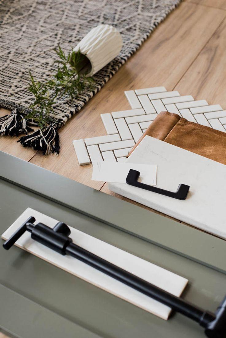 https://www.lemonthistle.com/modern-classic-kitchen-design-plans/
