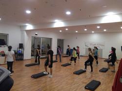 Basic Step a Studio Fitness