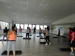 Step coreografia base Studio Fitness
