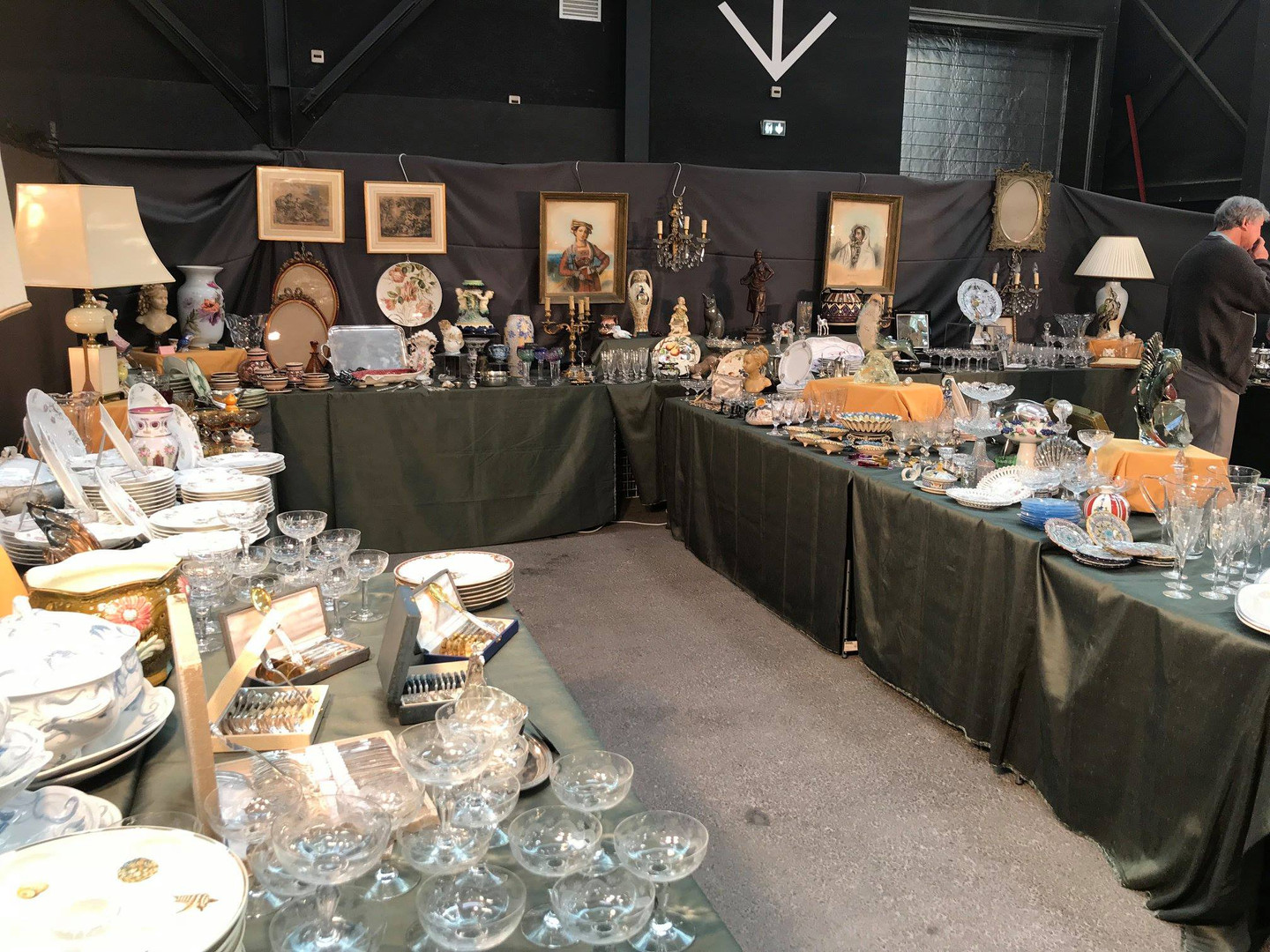 Salon_des_antiquaires_clermont_ferrand_2