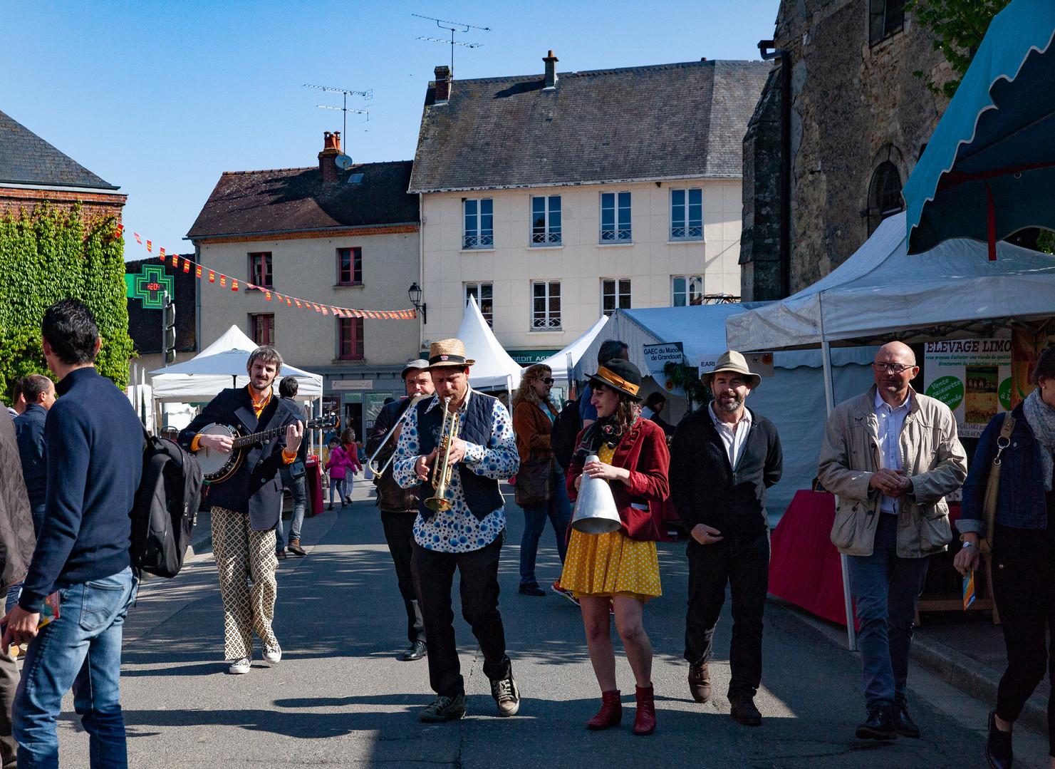 festival-aoc-cambremer-musiciens.jpg