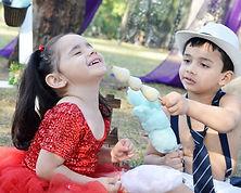 crianças_na_comendo_doces.jpg
