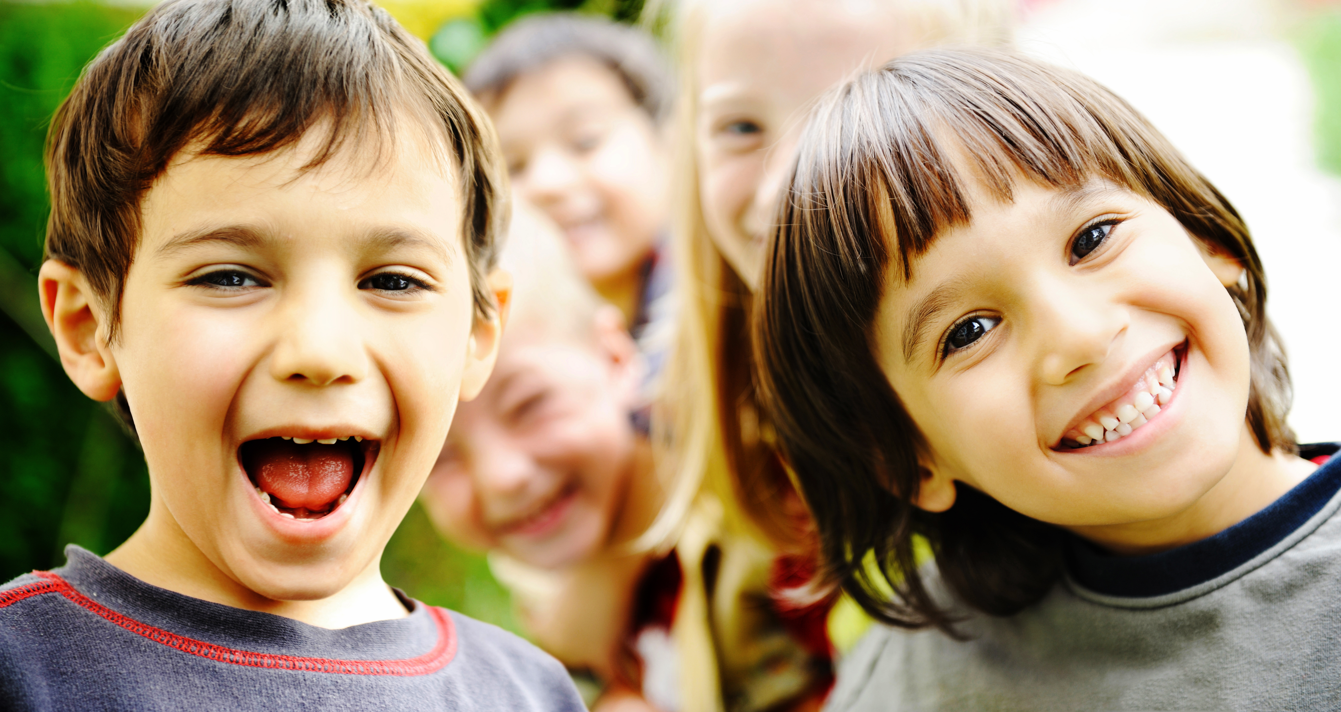 happiness-without-limit-happy-children-together-outdoor-faces-smiling-and-careless_BKRORaBi