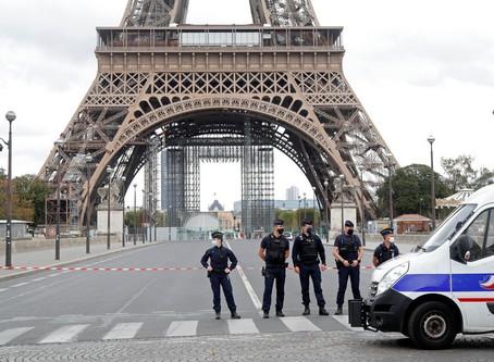 Desalojan la Torre Eiffel por supuesto atentado explosivo