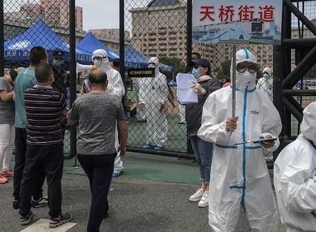Bacteria escapa de laboratorio en China; reportan más de tres mil enfermos